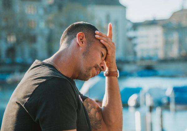Headache vs. migraine – what's the difference?